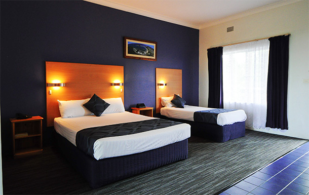 Superior Corporate Twin at Sanctuary Resort Motor Inn, Accommodation In Coffs Harbour