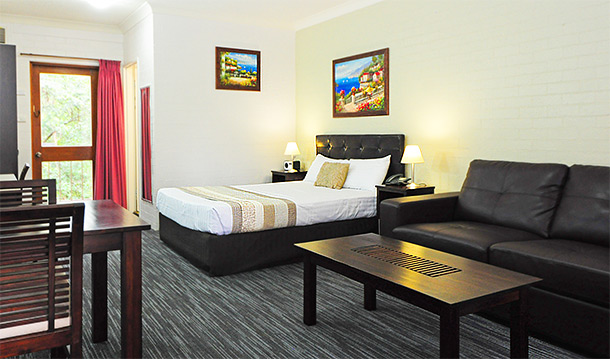 Superior Queen Room at Sanctuary Resort Motor Inn, Coffs Harbour Accommodation