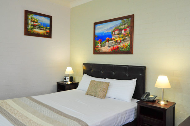 2 Famility Unit - Queen bed, Accommodation Coffs Harbour